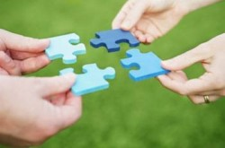 Optimized-Assistance-teamwork-puzzle-250x165